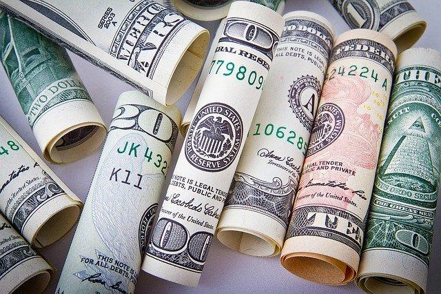 Půjčit si dnes může opravdu každý